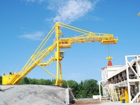 Radial Log Crane