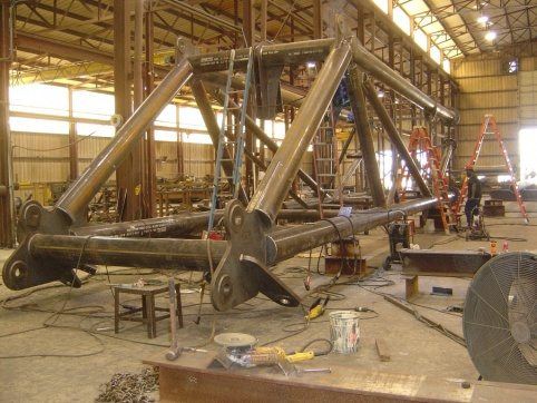 LogPro Radial Crane 33